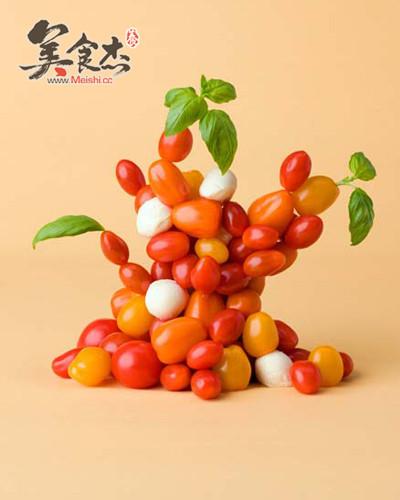 这么惟妙惟肖的小动物,原来就是用蔬菜和水果做的,可爱有趣~不
