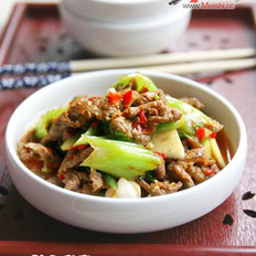 泡椒牛肉炒盖菜的做法