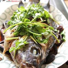 豉油蒸鱼的做法