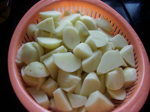 油焖土豆的做法 菜谱