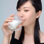 备孕夫妻应该多喝牛奶