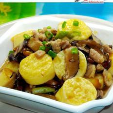 冬菇肉丝煮日本豆腐