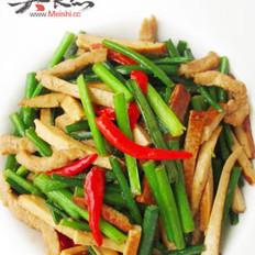 韭菜花炒干丝