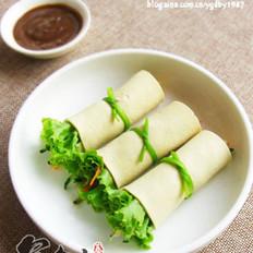 生菜豆皮卷的做法