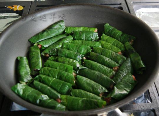 胡椒叶卷肉的做法
