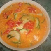 番茄黄瓜色拉