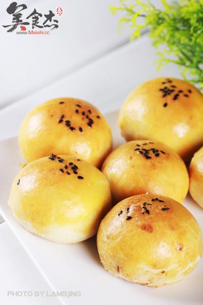 蛋黄酥Qb.jpg