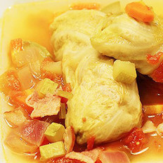 鲜汤圆白菜肉卷的做法