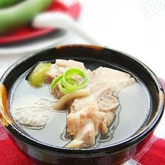 丝瓜蘑菇排骨汤  的做法