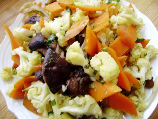家常菜香菇炒菜花图片