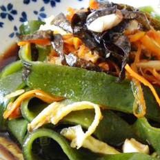 虾味菜汁凉皮的做法