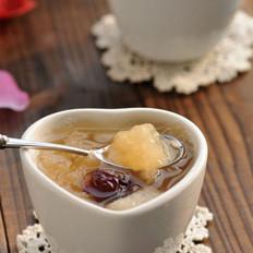 银耳红枣雪梨汤的做法
