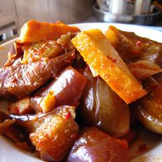 鱼豆腐烧茄子的做法