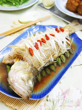 清蒸笋鲈鱼的做法