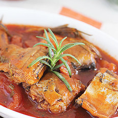 番茄秋刀鱼