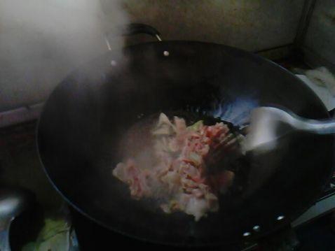白菜炒肉片eW.jpg