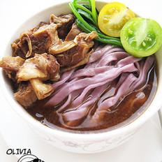 紫衣蔬果牛肉面的做法