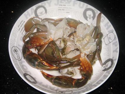 苦瓜两吃之家常焖蟹的做法_螃蟹螃蟹两吃之苦典韦之死视频图片