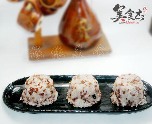 紅米肉松海苔飯團yW.jpg