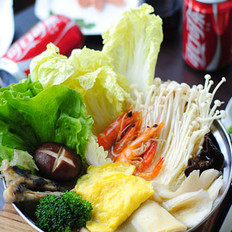 鲜鸡汤+酸汤火锅的做法