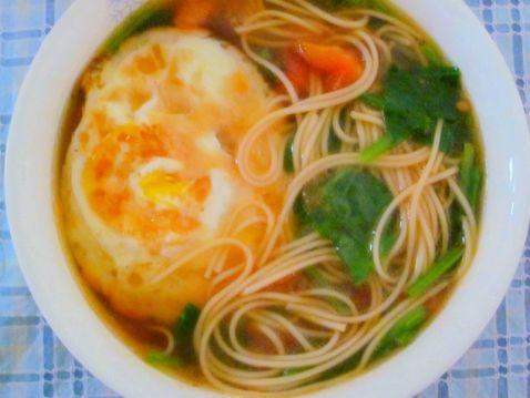鸡蛋挂面汤qu.jpg