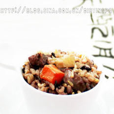 五谷杂粮羊肉抓饭的做法