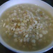 薏米绿豆大麦粥