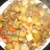 牛肉炖萝卜土豆
