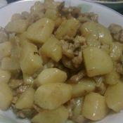 咖哩土豆焖鸡肉