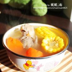 玉米胡萝卜猪骨汤的做法