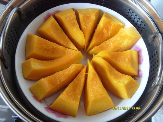 蜂蜜柚子蒸南瓜的做法【步骤图】_菜谱_美食杰