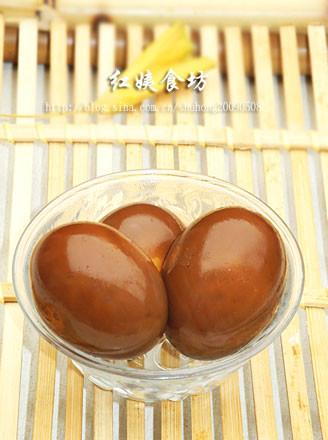 养颜乌发卤蛋的做法