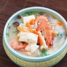 鲜虾菌菇汤的做法