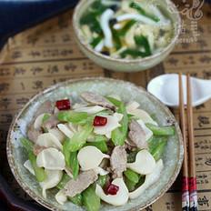 芹菜肉片炒海蘑菇