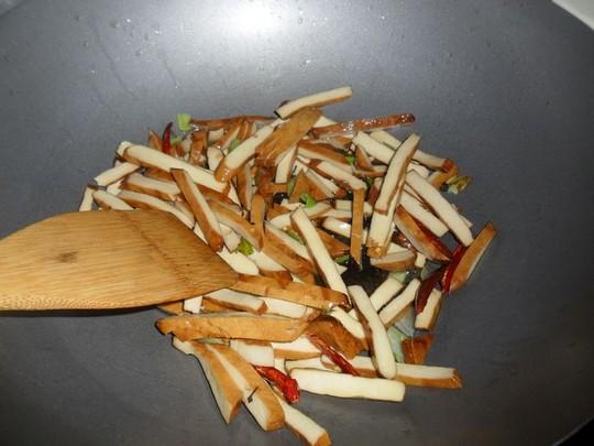 【图】视频炒豆腐干_青椒炒豆腐干的做法,昆山砍青椒人图片