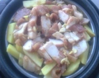 土豆蒸肉qL.jpg