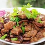荷包豆焖排骨