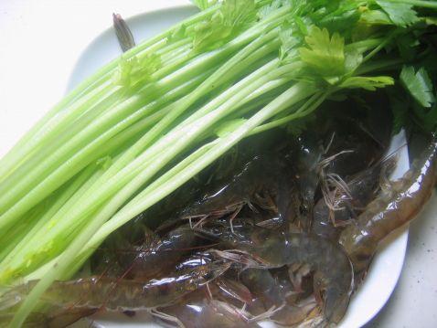 香芹基围虾的做法