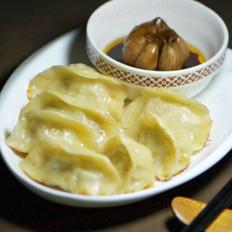 酸菜猪肉煎饺的做法