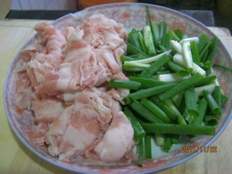 香葱猪五花的做法