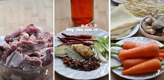 ——配菜根据喜好搭配.羊肉火锅可搭配一些凉性的蔬菜