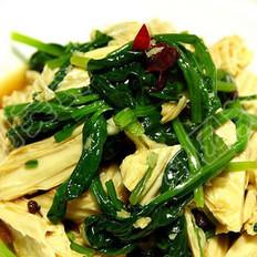 炝拌腐竹菠菜的做法