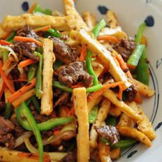 干锅牛肉炒油豆腐的做法