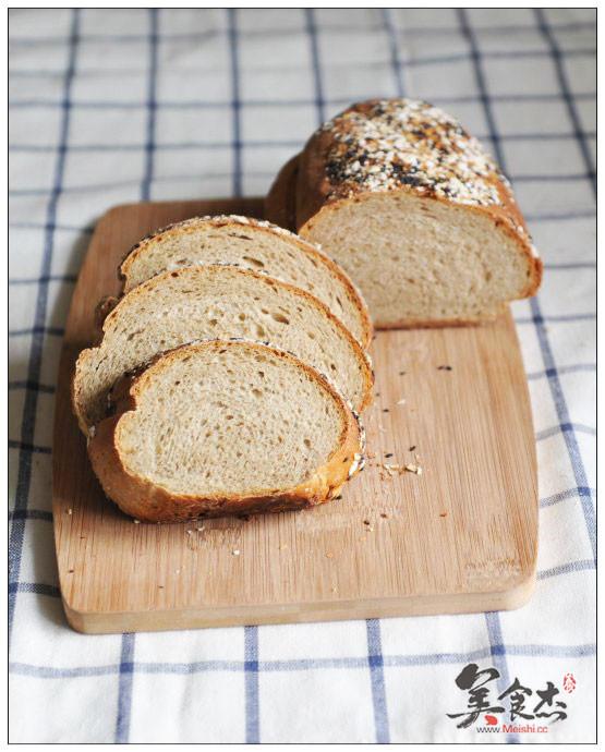 黑麦面包GT.jpg