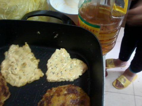 南瓜沙拉黑芝麻黏米饼jI.jpg