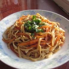 凉拌干豆腐胡萝卜丝