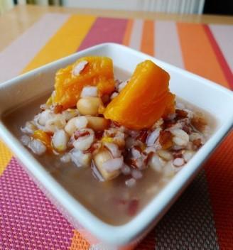 红米番薯小麦粥的做法