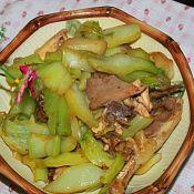 芥菜头炒鸡肉