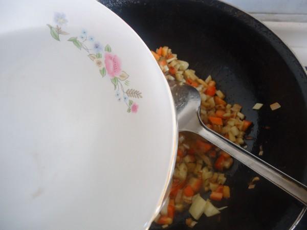 胡萝卜土豆打卤面