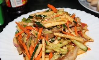 蔬果拌猪头肉的做法